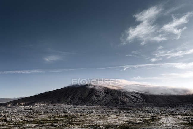 Iceland, Snaefellsnes, mountain landscape and clouds — Stockfoto