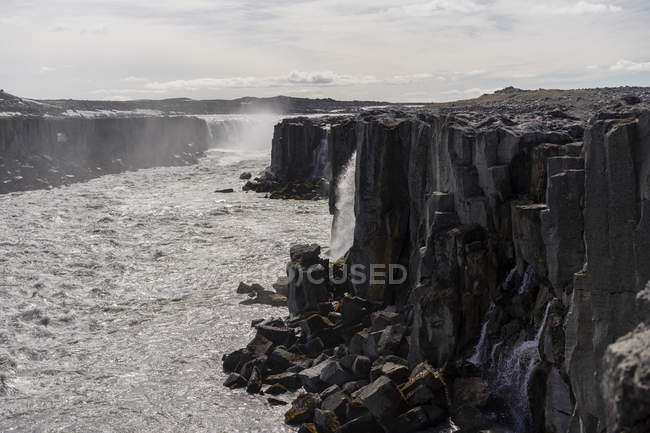 Islândia, Godafoss Cachoeira durante o dia — Fotografia de Stock