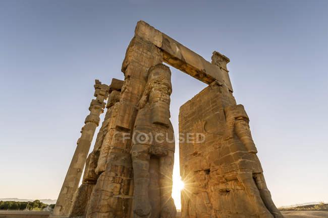 Iran, Shiraz Province, Persepolis, Gate of all Nations — Stock Photo