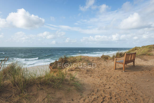 Germany, Schleswig-Holstein, Sylt, Kampen, bench above Rotes Kliff — Stock Photo