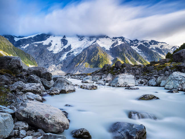 New Zealand, South Island, view to Hooker Valley at Mount Cook National Park — Stock Photo