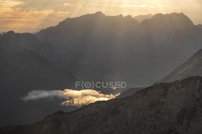 Austria, Salzburg State, Loferer Steinberge, mountainscape at twilight — Stock Photo