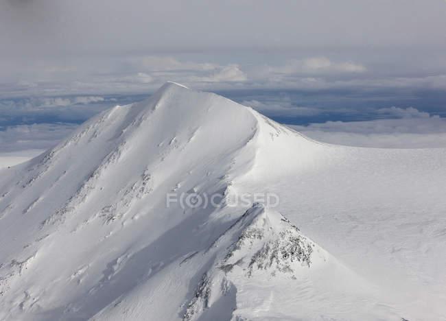 Usa, Alaska, Parque Nacional Denali, vista aérea del Monte Mckinley - foto de stock