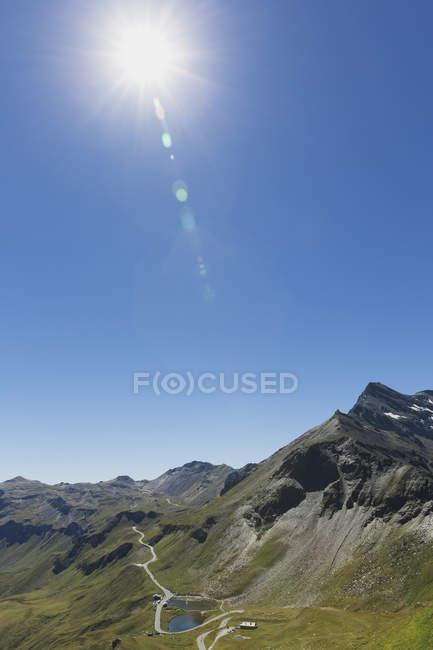 Áustria, Grossglockner High Alpine Road, vista de Edelweissspitze a Fuscher Lacke — Fotografia de Stock