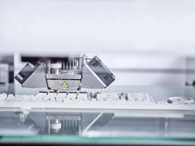 Primer plano de Detalle de impresora 3D - foto de stock