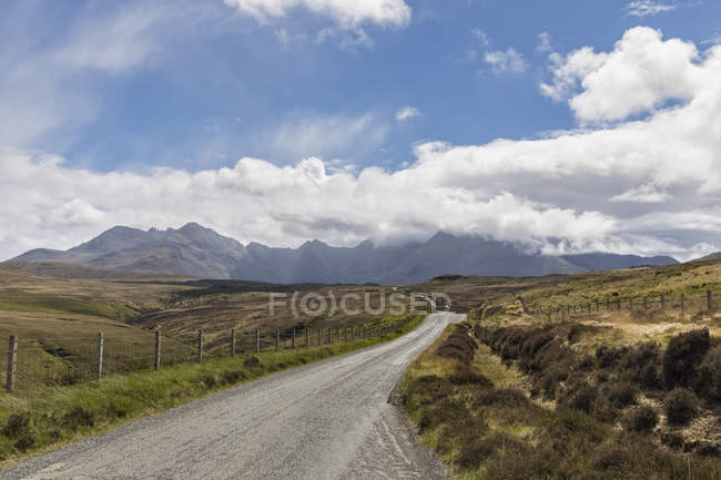 Großbritannien, Schottland, innere Hebriden, Insel Skye, Feldweg — Stockfoto