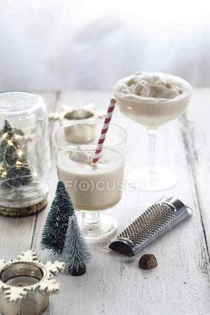 Glass of eggnogg at Advent, close up — Stock Photo