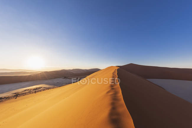 Africa, Namibia, Namib desert, Naukluft National Park, sand dune 'Big daddy' — Photo de stock