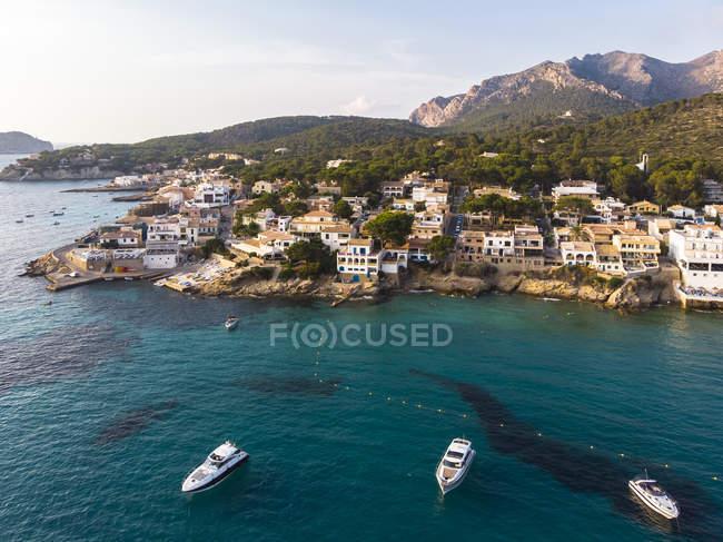 Spagna, Isole Baleari, Maiorca, Veduta aerea della baia di Sant Elm — Foto stock