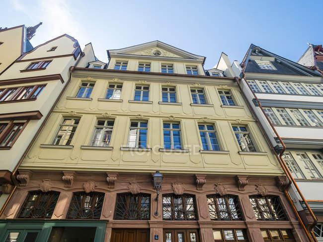 Німеччина, Гессен, Франкфурт, Старе місто, реконструкції будинків, репліки Грюен Лінда — стокове фото