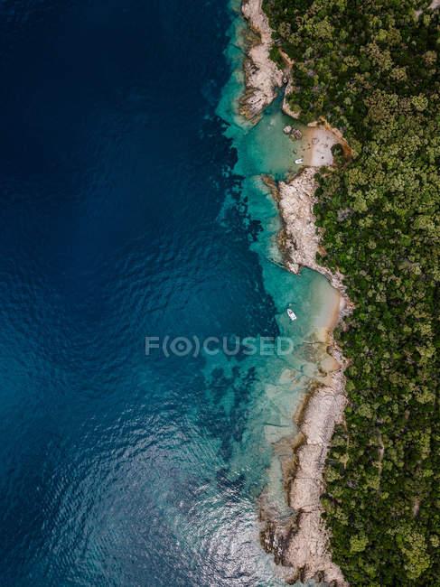 Croácia, Cres, Costa do mar Adriático — Fotografia de Stock