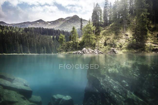 Austria, Tirolo, Obernberg, Lago Obernberg — Foto stock