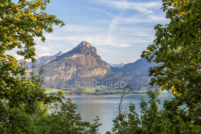 Áustria, Estado de Salzburgo, Salzkammergut, St. Wolfgang no Lago Wolfgangsee — Fotografia de Stock