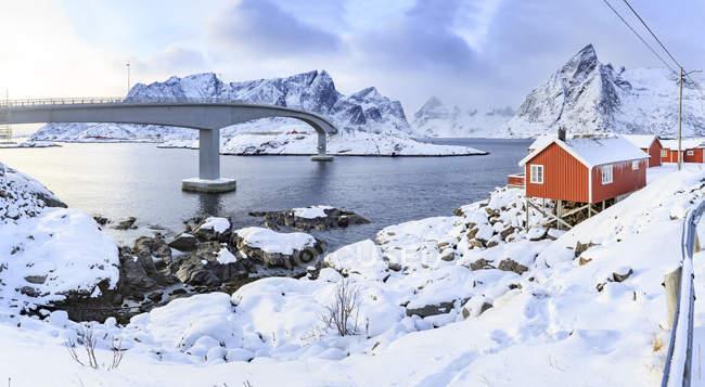 Norvegia, Lofoten, Isola di Hamnoy, capanne dei pescatori — Foto stock