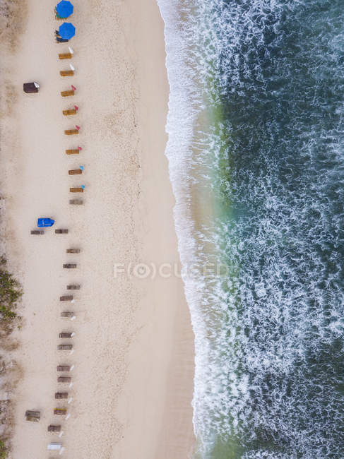Indonesia, Bali, Aerial view of Balangan beach, empty sun loungers — Fotografia de Stock