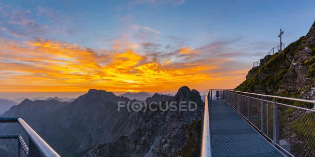 Німеччина, Баварія, Allgaeu, Allgaeu Альп, Небельхорн на сході сонця — стокове фото