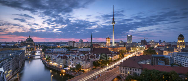 Germany, Berlin, elevated city view at morning twilight — Stock Photo
