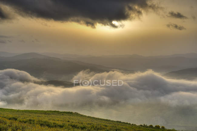 Albania, Fier County, View from Byllis, landscape, morning fog and morning sun — Stock Photo