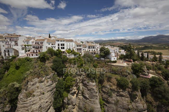 España, Málaga, Ronda con Tajo de Ronda, Jardines de Cuenca - foto de stock