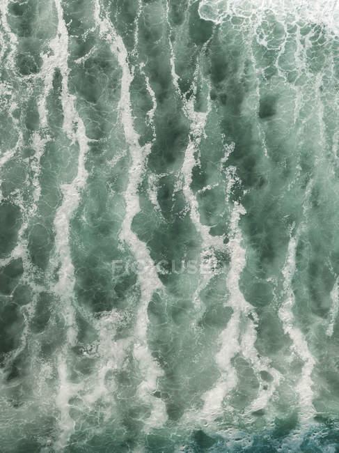 Indonésie, Bali, Vue aérienne des vagues, Balngan plage — Photo de stock