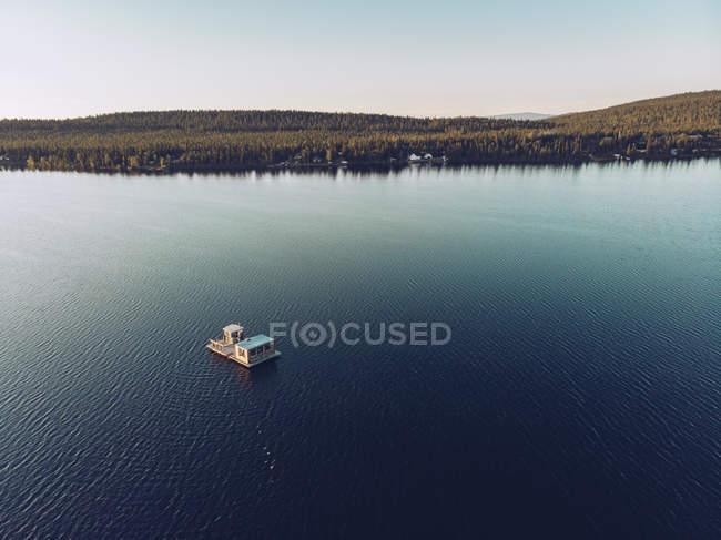 Suécia, Kiruna, Vista aérea da casa de barcos — Fotografia de Stock