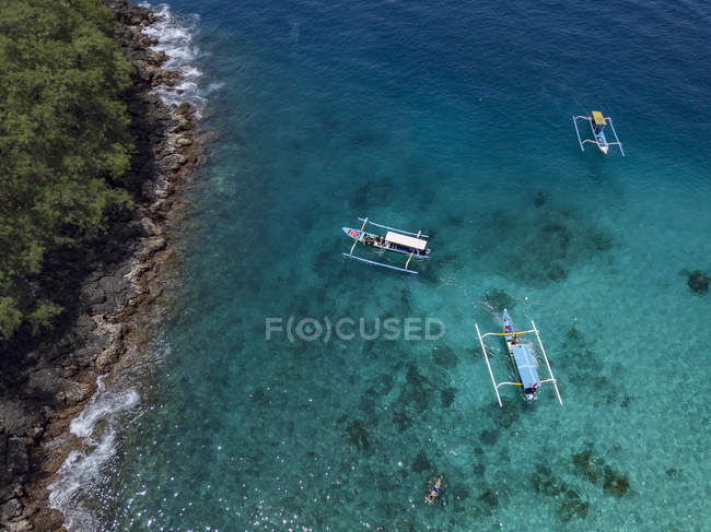 Indonesia, Bali, Aerial view of Blue Lagoon beach, banca boats — Fotografia de Stock