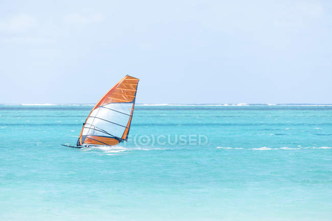 Mauritius, Grand Port District, Pointe d'Esny, sail boarder — Fotografia de Stock