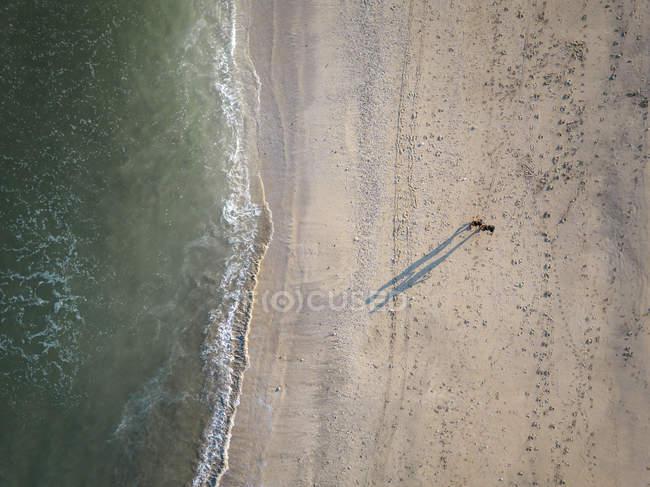 Indonesia, Bali, Veduta aerea della spiaggia di Kuta dall'alto — Foto stock