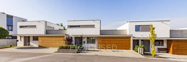 Germany, Blaustein, energy saving one-family houses — Stock Photo