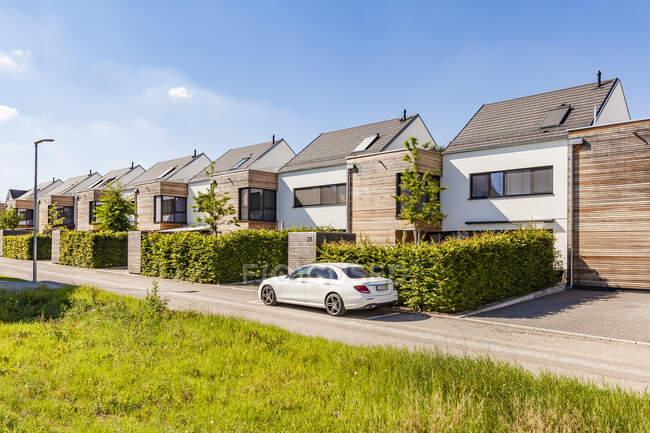 Germany, Baden-Wuerttemberg, Stuttgart, Ostfildern, modern efficiency houses — Stock Photo