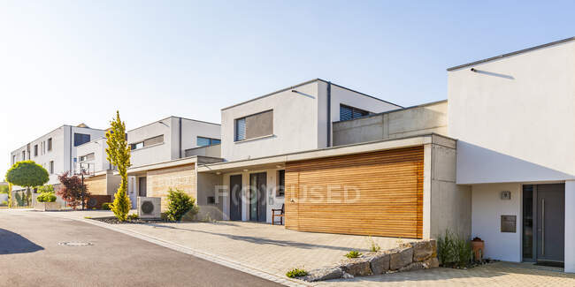 Germany, Blaustein, energy saving one-family houses — Stock Photo