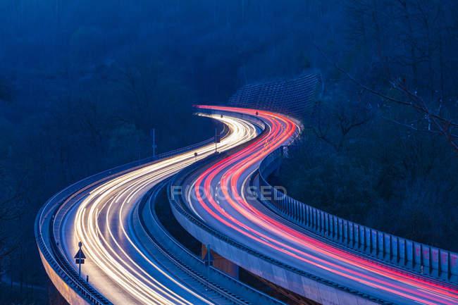 Germany, Stuttgart, Heslach, light trails on Bundesstrae 14 in the evening — Stock Photo