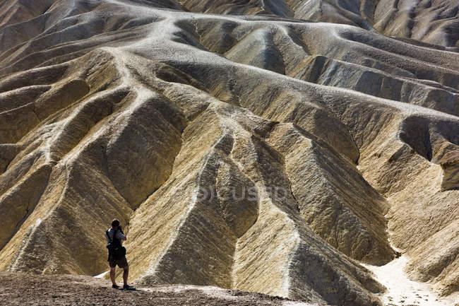 Usa, Californien, Death Valley, Zabriskie Point, photographe — Photo de stock