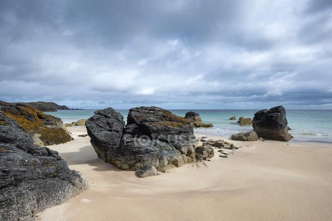 Regno Unito, Scozia, Sutherland, Durness, Sango Sands, costa rocciosa — Foto stock