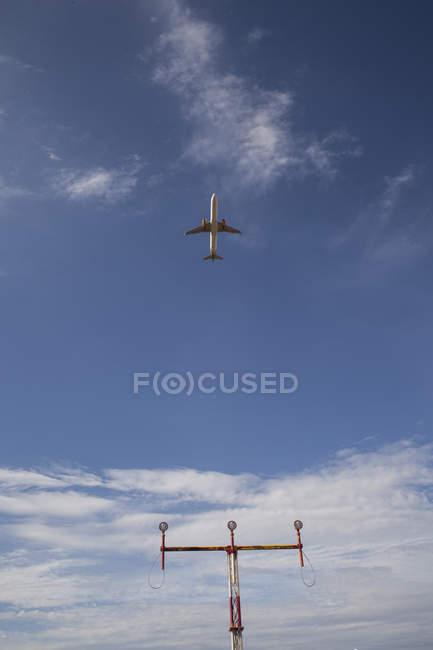 Spain, Mallorca, airplane take-off — Stock Photo
