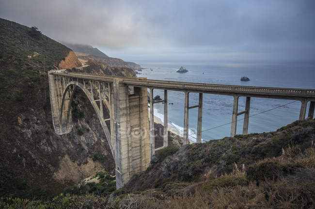 USA, Kalifornien, Big Sur, Pazifikküste, nationale malerische Nebenstraße, Bixby Creek Bridge, Kalifornien State Route 1, Highway 1 — Stockfoto