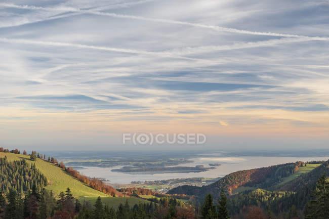 Germania, Alta Baviera, Aschau, Lago Chiemsee in autunno — Foto stock