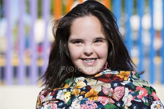 Неповнолітня дівчина з синдромом
