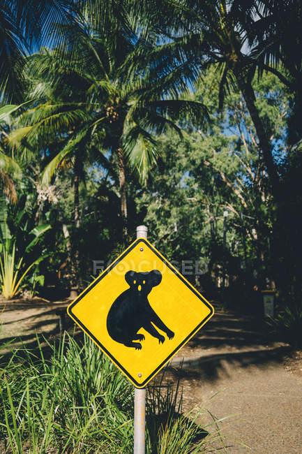 Australie, Île magnétique, Koala Animal Crossing signe — Photo de stock