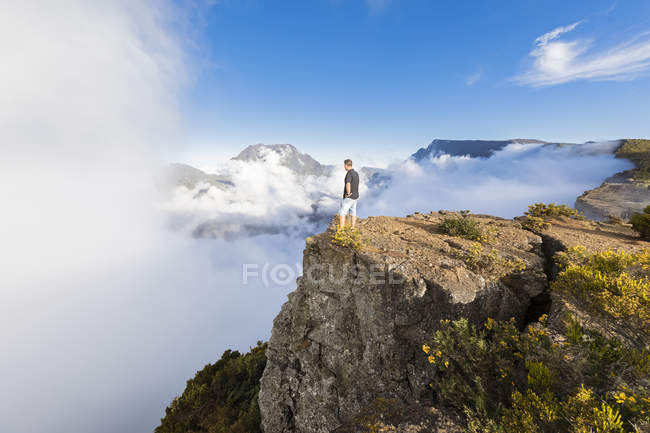 Reunion, Maido viewpoint, View from volcano Maido to Cirque de Mafate — Stock Photo