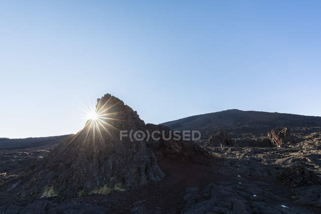 Reunion, Reunion National Park, Shield volcano Piton de la Fournaise, Caldera Enclos Fouque and Chapelle de Rosemont — Fotografia de Stock