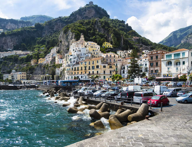 Italy, Amalfi, view to the historic old town — Stock Photo