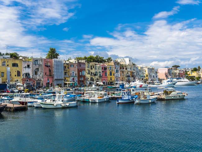 Italy, Campania, Phlegraean Island, Procida Island, Marina die Procida — Stock Photo