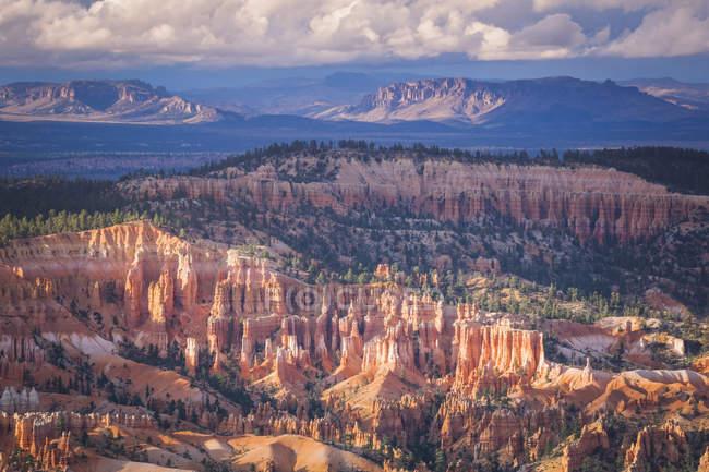USA, Utah, rock formations at Bryce Canyon National Park — стокове фото