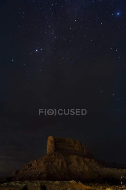 EUA, Arizona, Nação Navajo, Monument Valley à noite — Fotografia de Stock