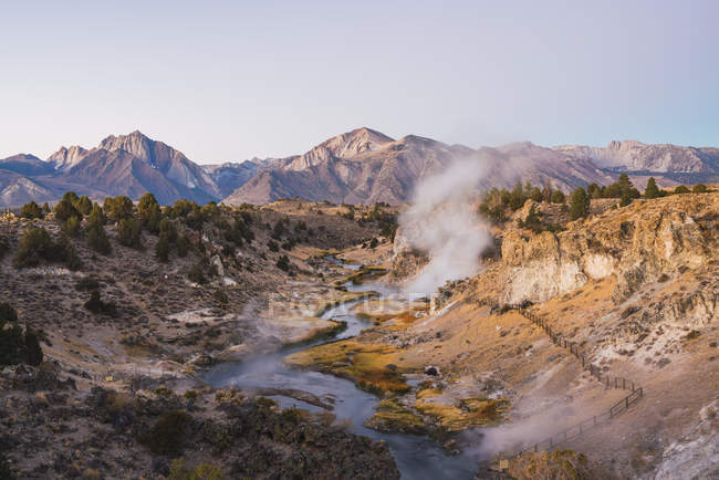 USA, California, Hot creek in Mammoth Lakes — Stockfoto