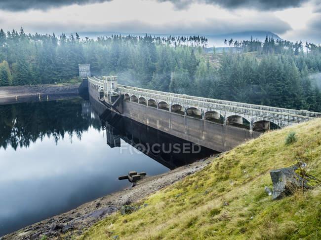 Royaume-Uni, Écosse, Highland, Spean, barrage de Laggan — Photo de stock