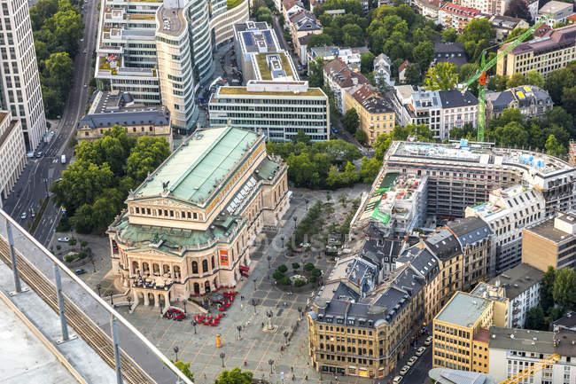 Alemania, Hesse, Frankfurt, aeria vista del teatro de ópera - foto de stock