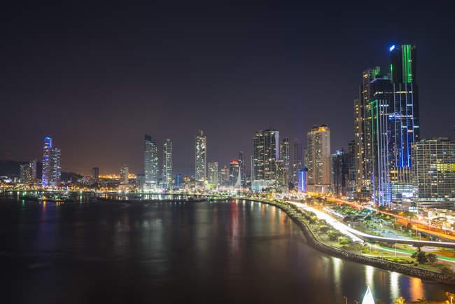 Panama, Panama City, skyline di notte — Foto stock