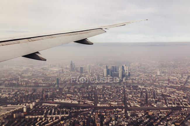 Brasil, Sao Paulo, Vista aérea desde la ventana del avión - foto de stock